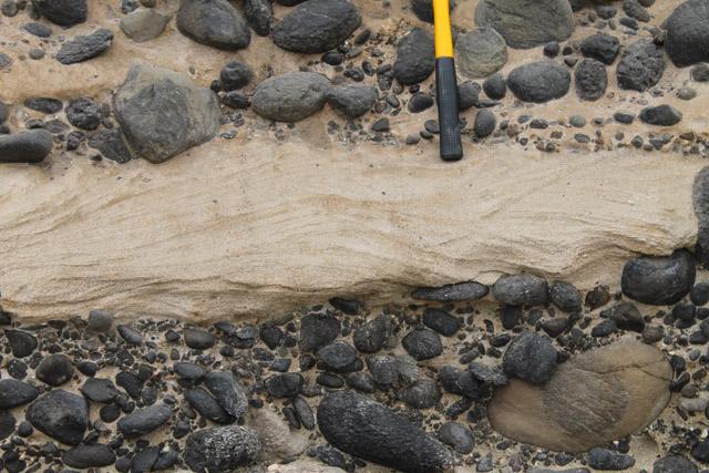 Chevron-stratification-at-Tarrafal