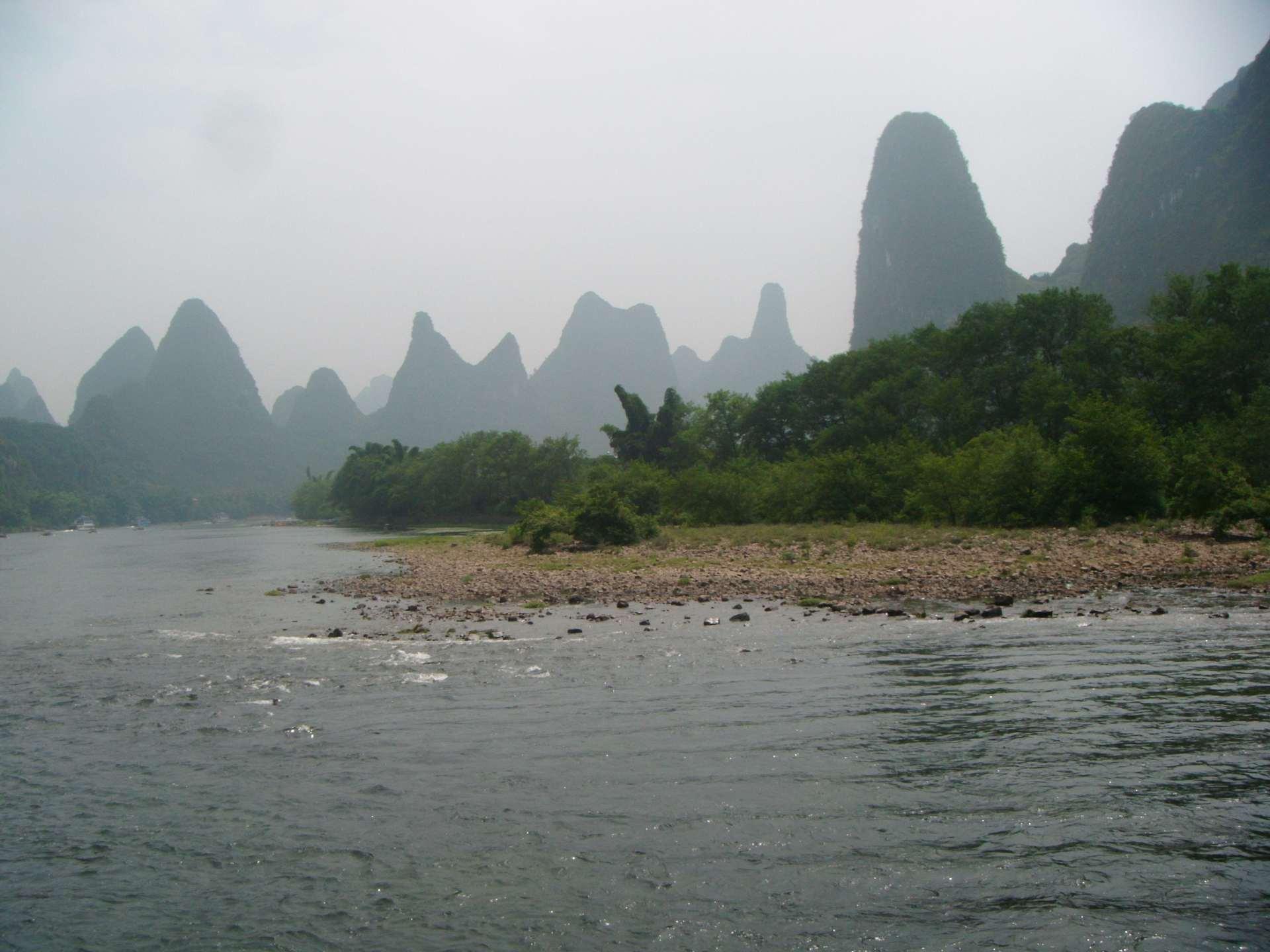 Li-river-Gravelly_bar