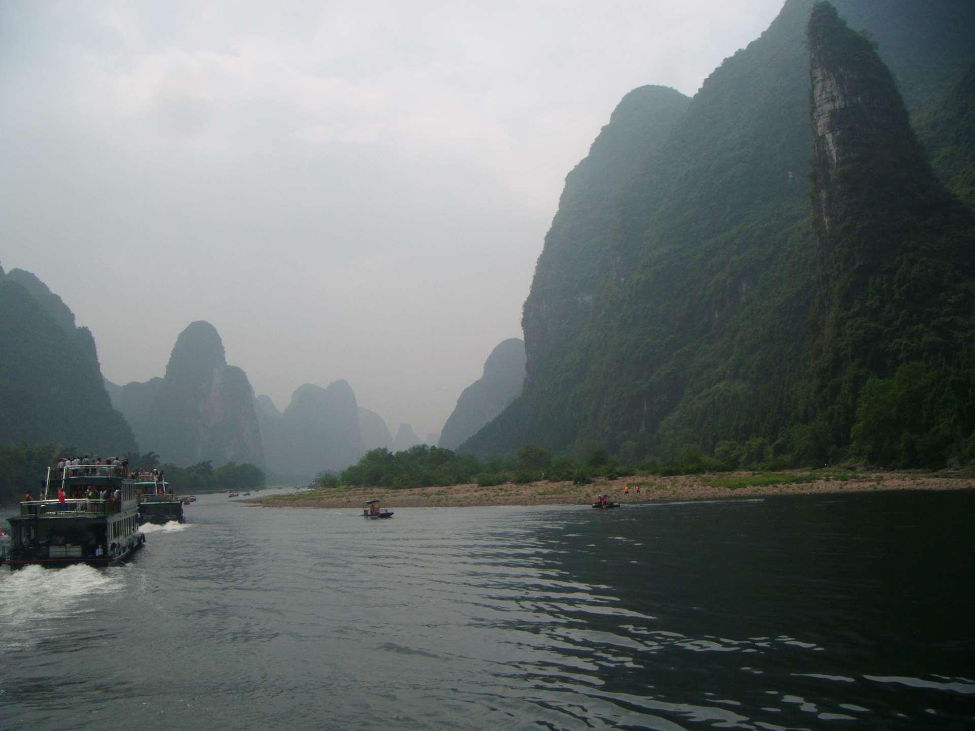 Li_river_limestone_karst_hills