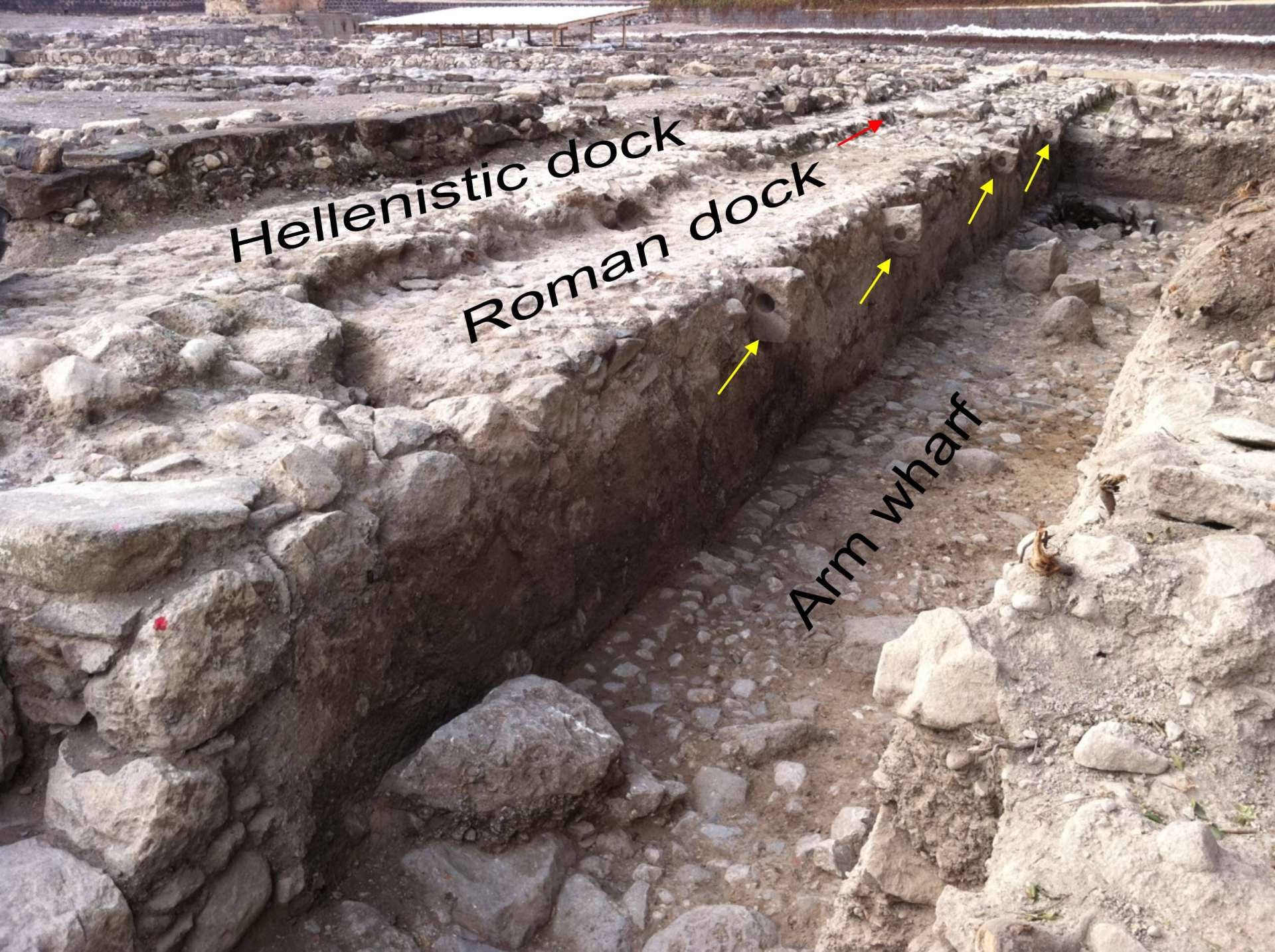 Magdala_Harbour_structures