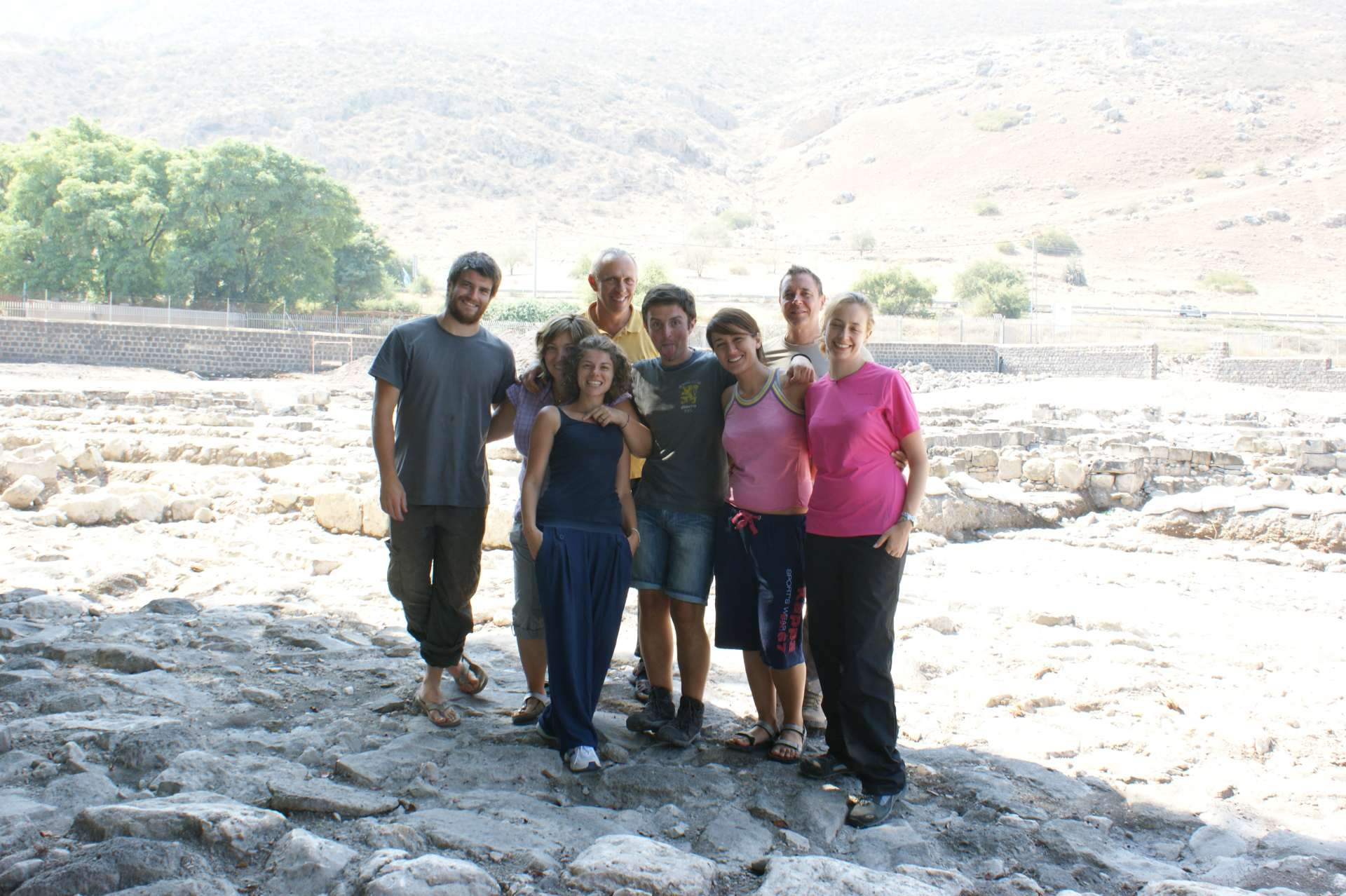 Magdala_team_Field_2011