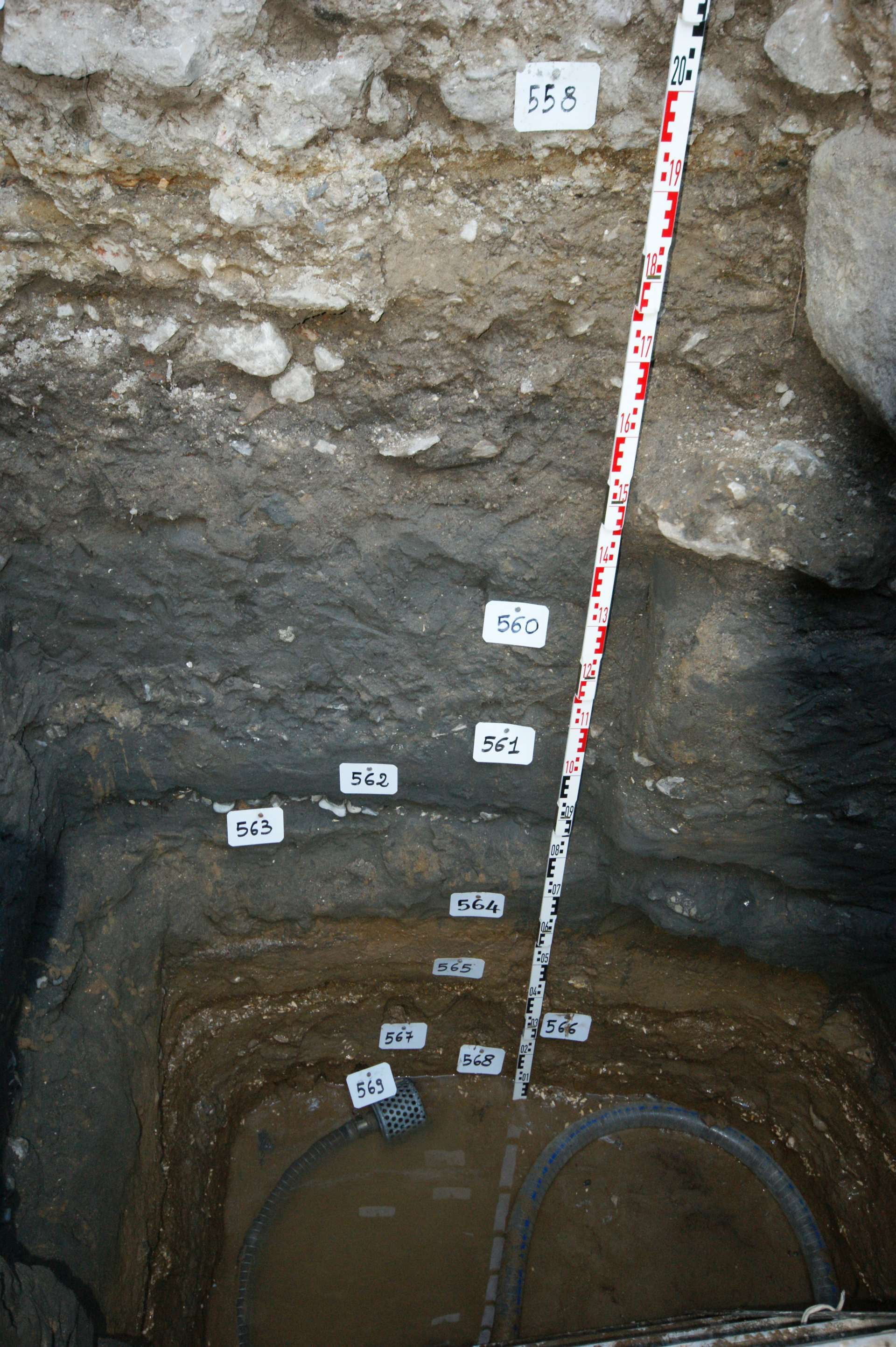 Trench_in_Magdala_site